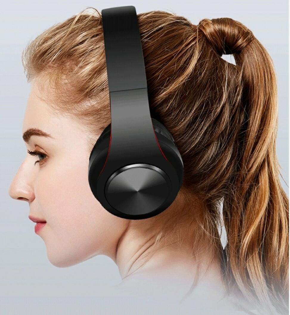 Cell World P8 Super bass Wireless Bluetooth headphones