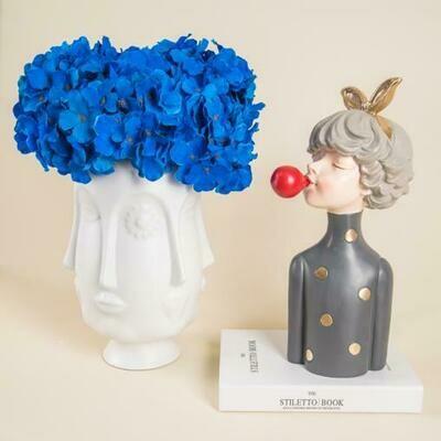 Face Tongue Flower Vase - Medium