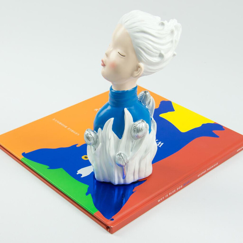 Blue Lady Sculpture - Cool Ornaments