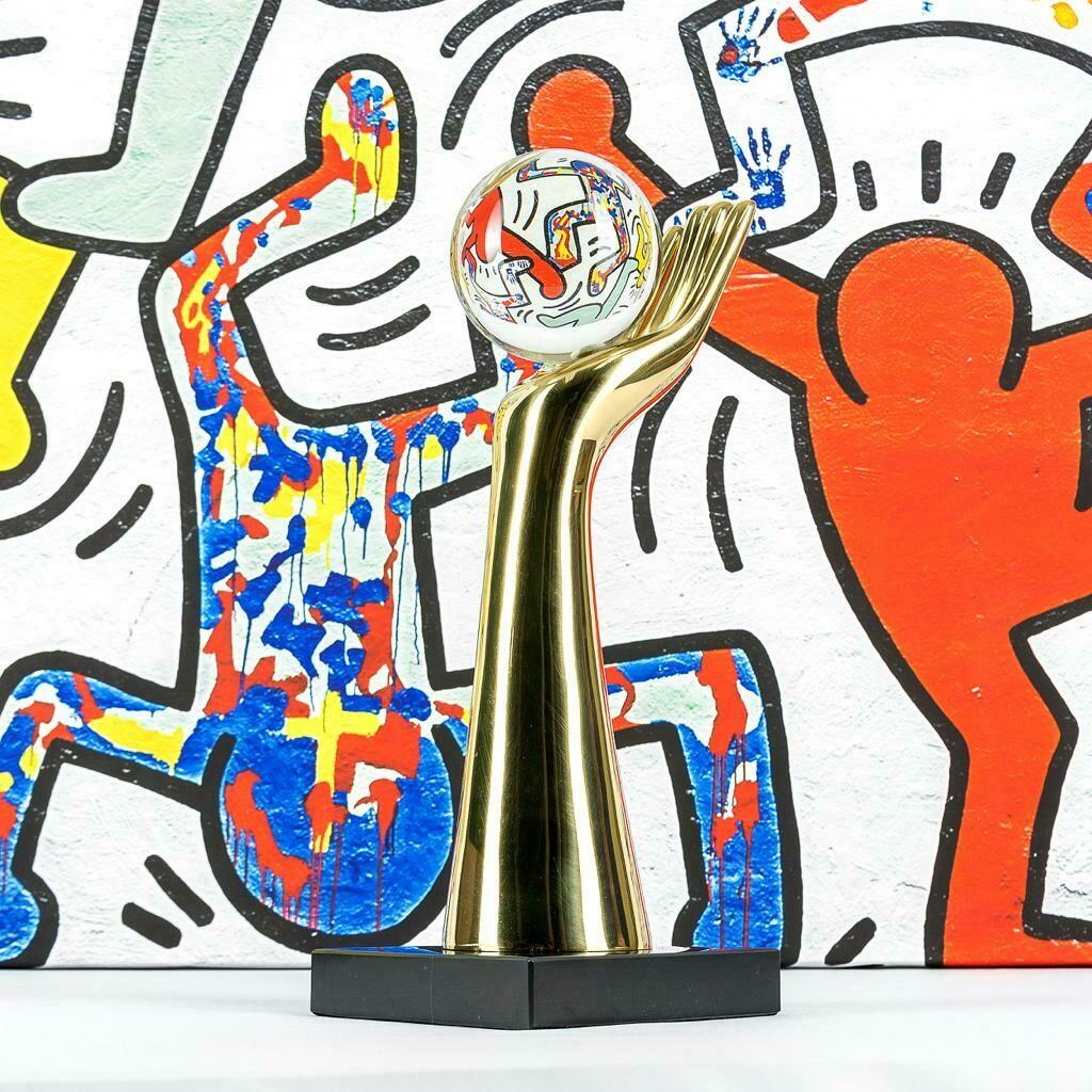 Cristal Hand  Sculpture - Cool Deluxe