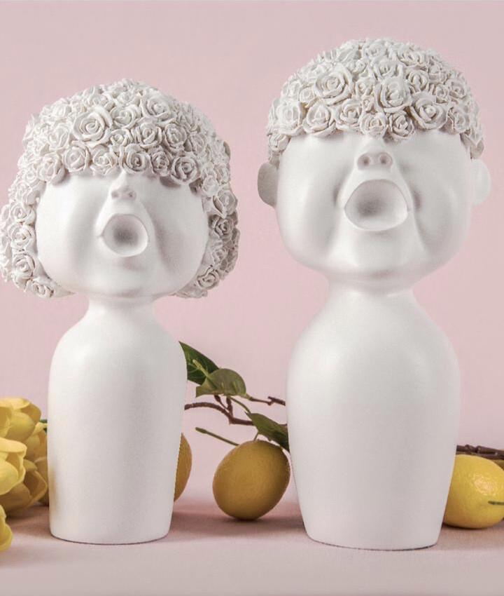 Set Cute Couple Sculptures - Cool Ornaments