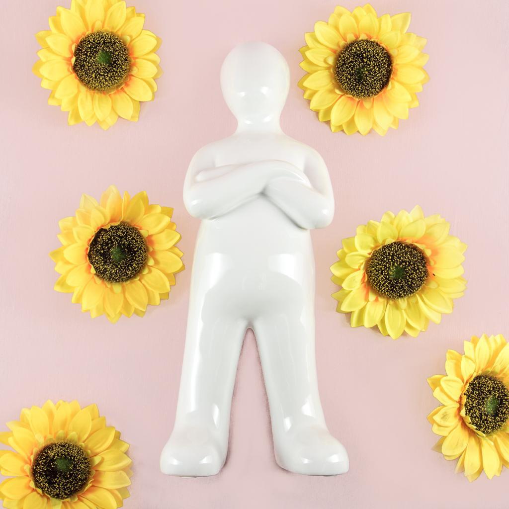 Estatua Big White Man - Cool Ornaments
