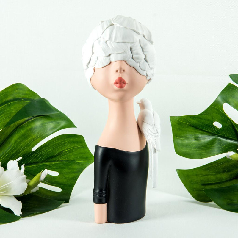 Black Lady & White Lady Sculptures - Cool Ornaments