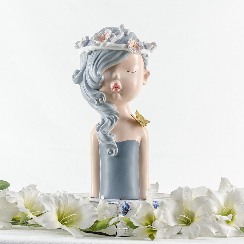 White Princess Sculpture - Cool Ornaments