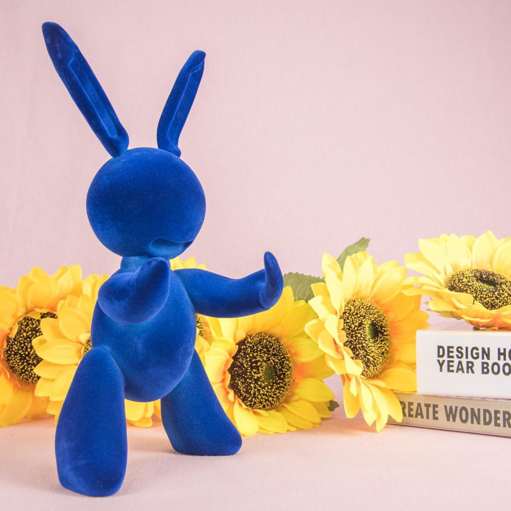 Blue Rabbit Sculpture - Cool Ornaments