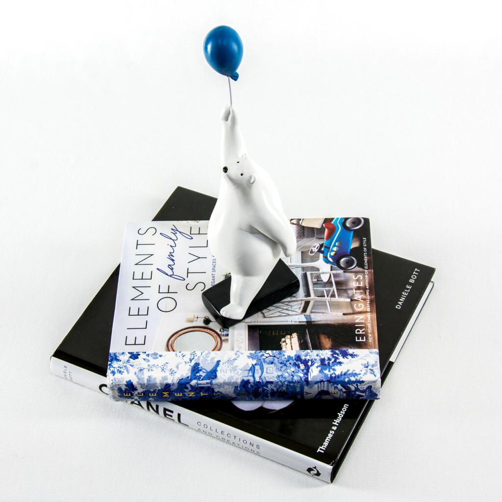 Polar Bear with Blue Balloon Sculpture - Cool Ornaments