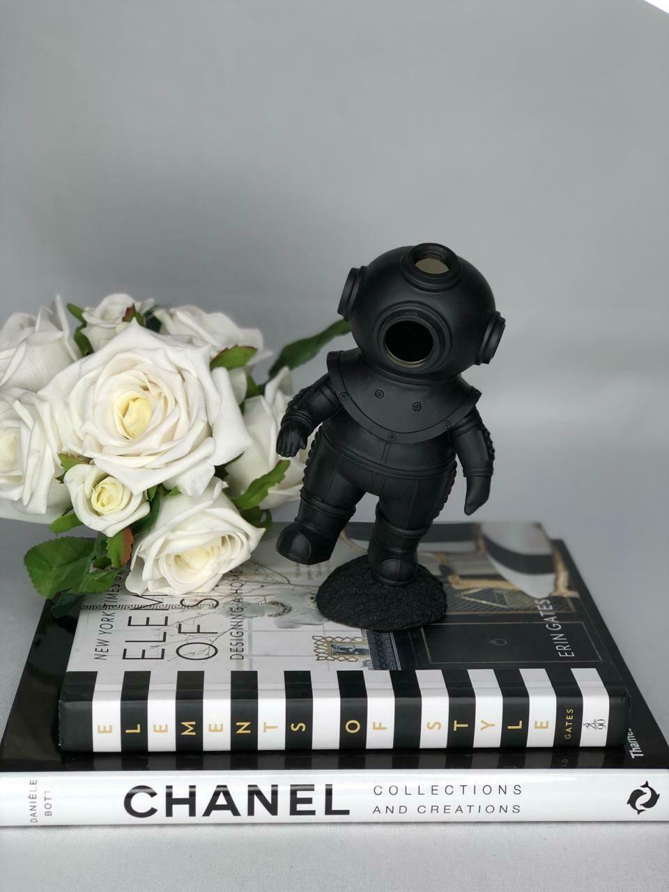 Black Astronaut Sculpture - Cool Ornaments