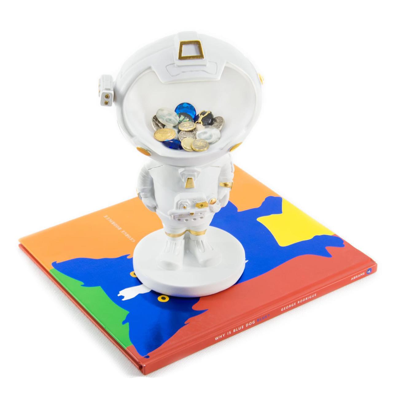 Astronaut Candy Bowl Sculpture - Cool Ornaments
