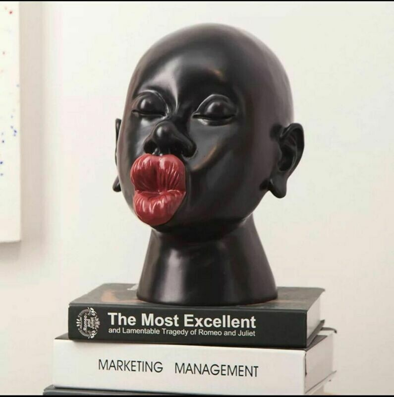 Red Lips Kiss Sculpture - Cool Ornaments