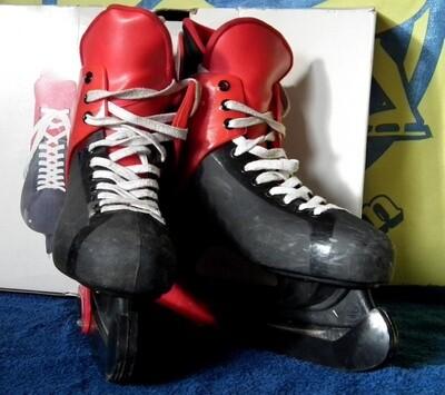 Maat 41 Hockey Zwart-Rood