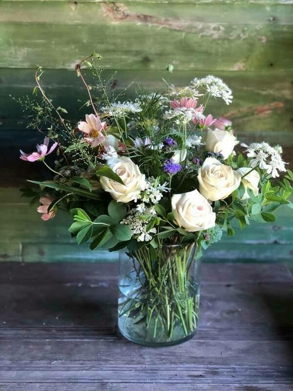 Fresh flower bouquet (Largest)