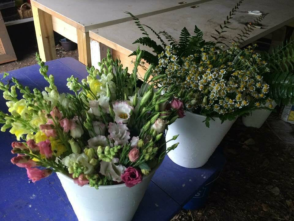 DIY Seasonal Flower Bucket