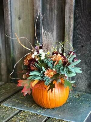 Pumpkin Centerpiece (pre-order for Thanksgiving only!)