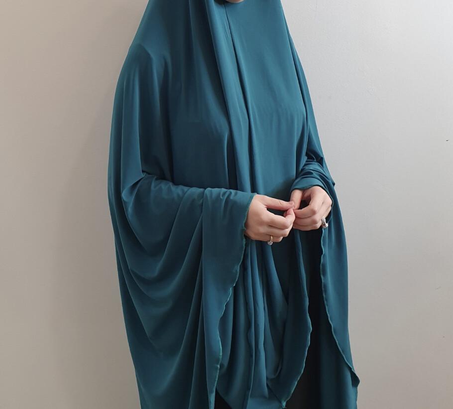Jilbab in turquoise