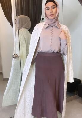 Thin pleated skirt