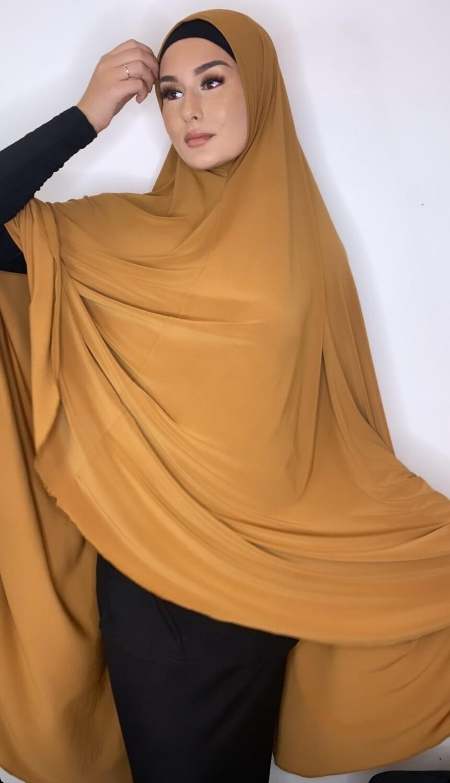 Jilbab in honey