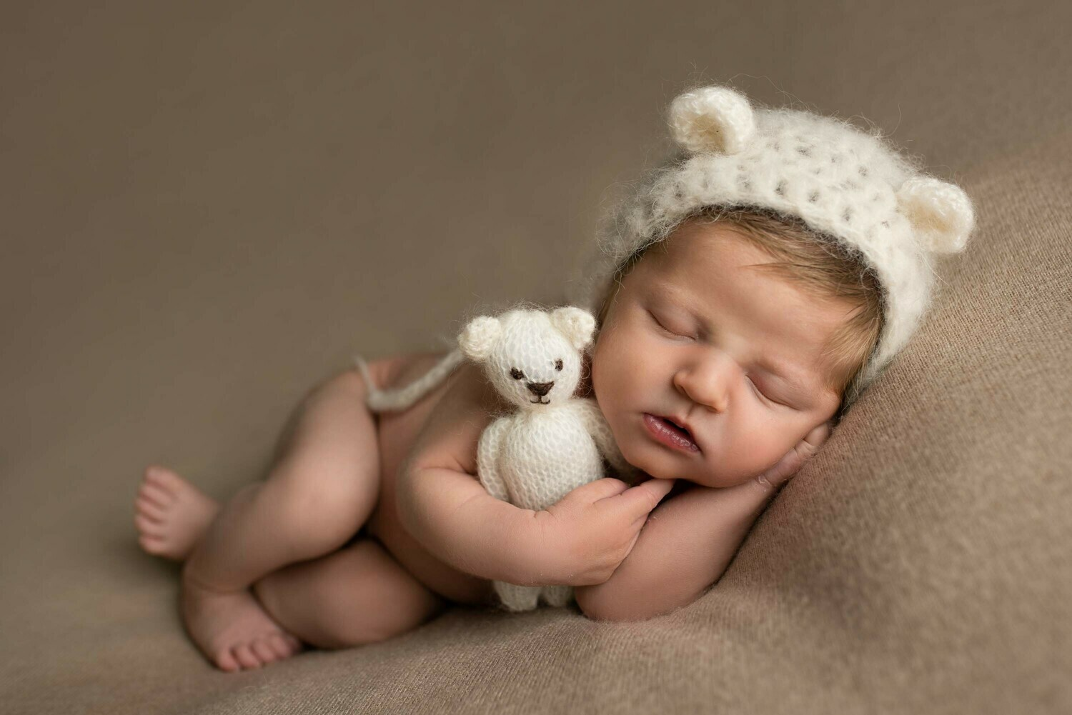 Newborn Photoshoot - Studio