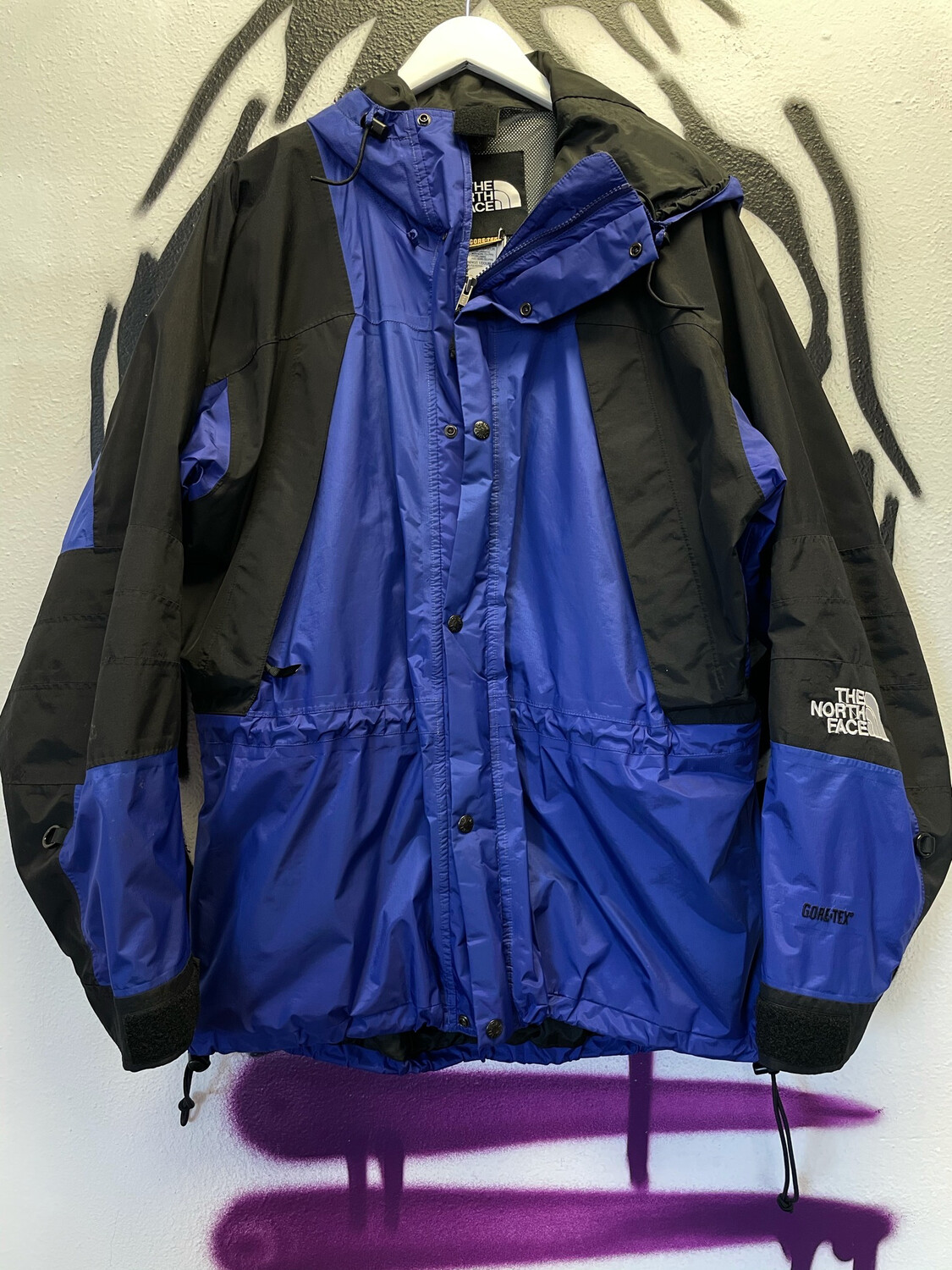The North Face Gore-Tex Size XL