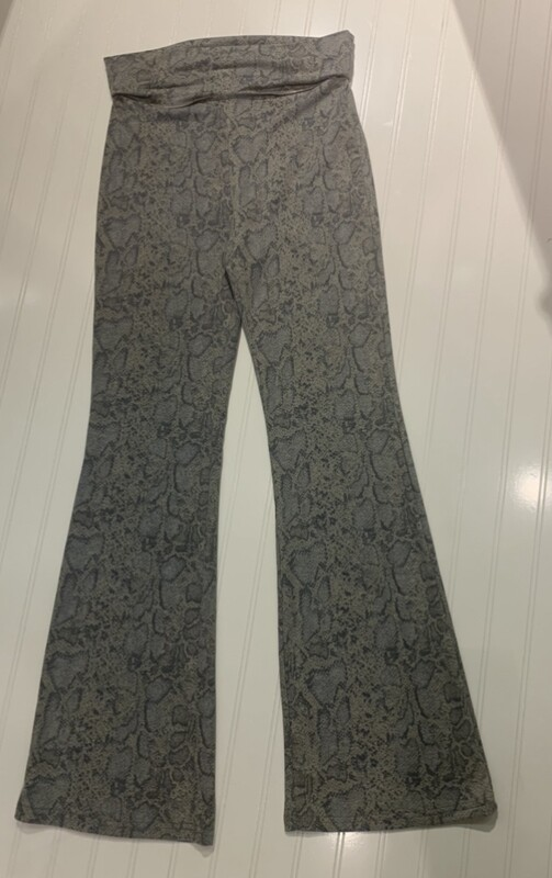 Blue & Grey Animal Print Yoga Pant