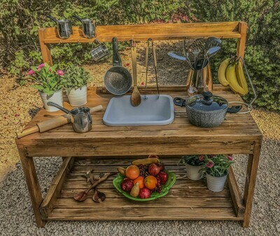 The Jumeirah: Basic Outdoor Wooden Mud Kitchen