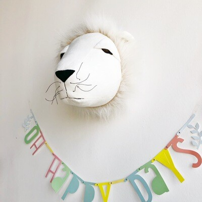 Stuffed Animal Head Wall Mount - Lion