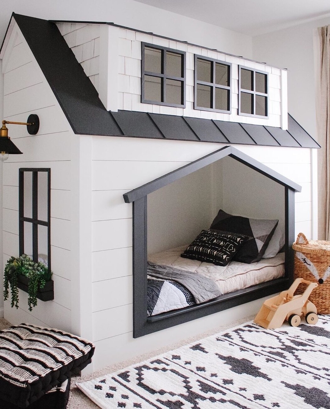 Wooden Two Story House Cabin Bed