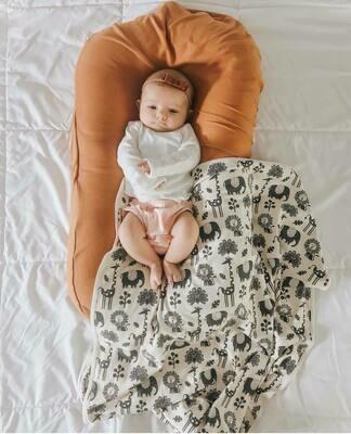 Snuggling Artist Blanket - Open Size