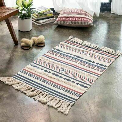 Handmade Sang Nordic Style Floor Rug with Tassels