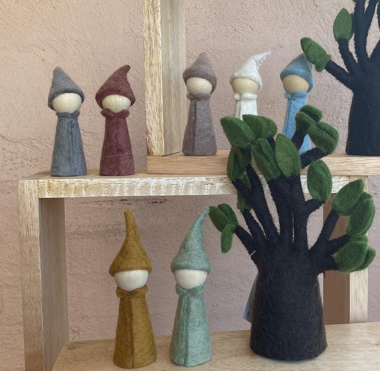 Felt Earth Gnomes (7 Pieces)