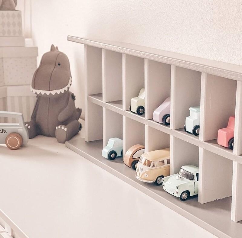 Wooden Car Storage Shelf/Unit
