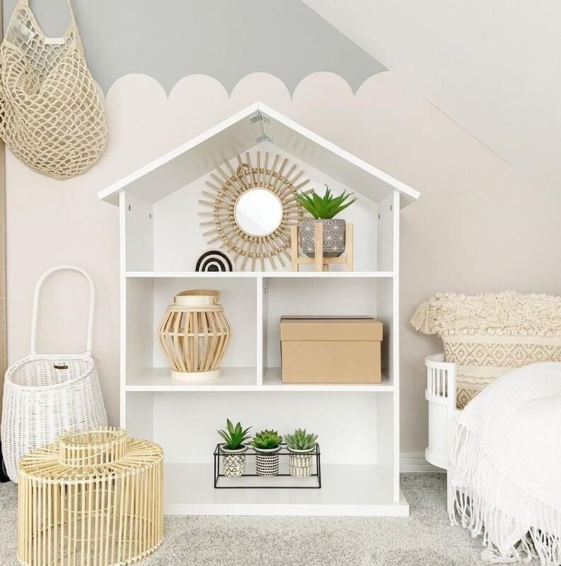 Orginal: Dolls House/Storage unit
