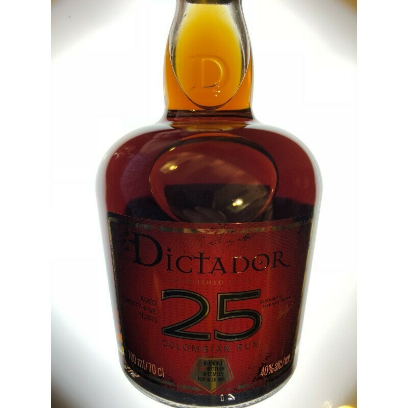 Dictator 25 years 40% 70CL
