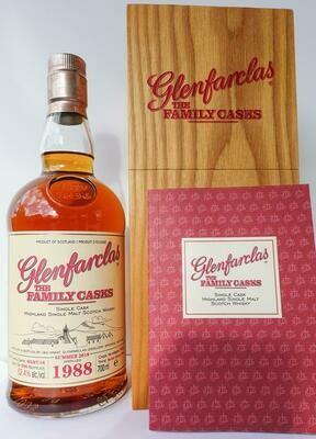 Glenfarclas The Family Casks 1988 30 Years 52.4% 70CL