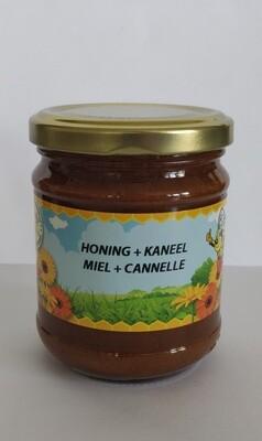 Honing met kaneel 240gr vast
