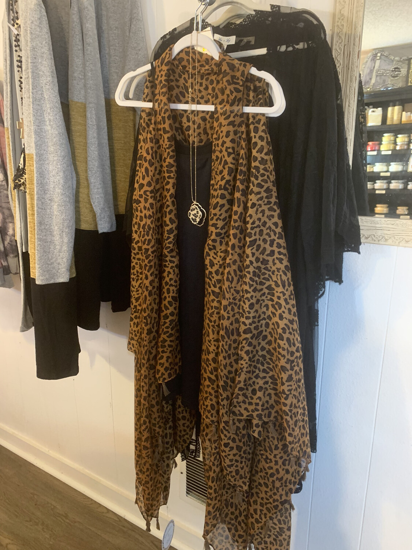 Cheetah Sleeveless Kimono