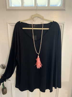 Black L&B Top Plus Size
