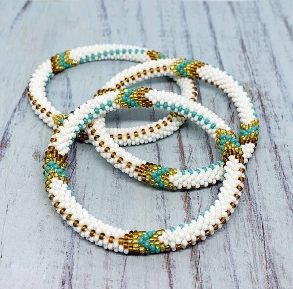 Nepal Beaded Bracelet in Winter White