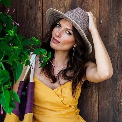 Natalie Hat in Damson