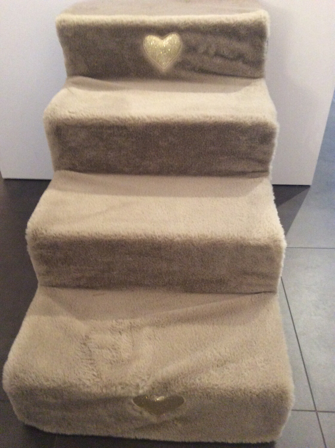 Stair taupe