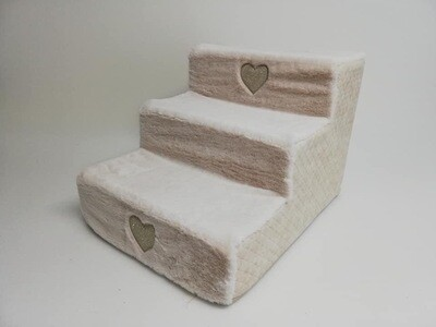 Stair Quilted beige + hearts