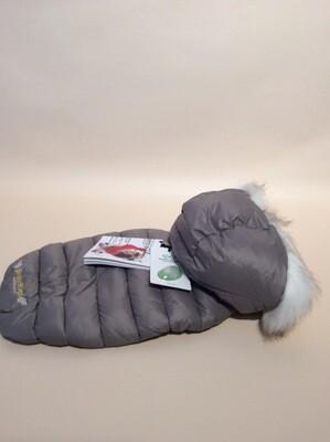 Padding trimmed hood detachable grey