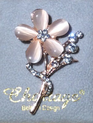 Brooch flower