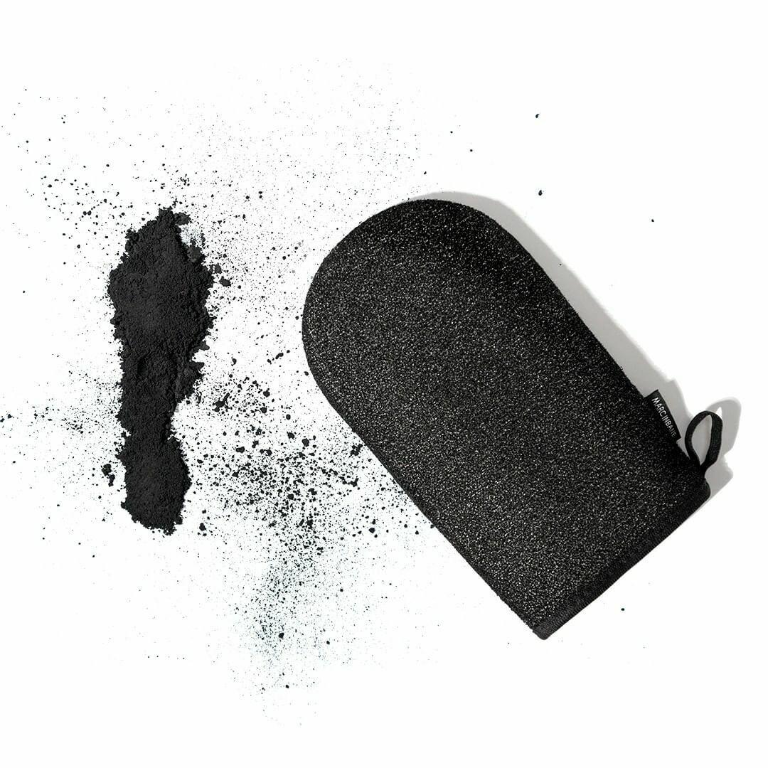 Exfoliating mitt