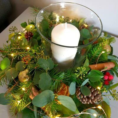 Luxury Christmas table arrangement
