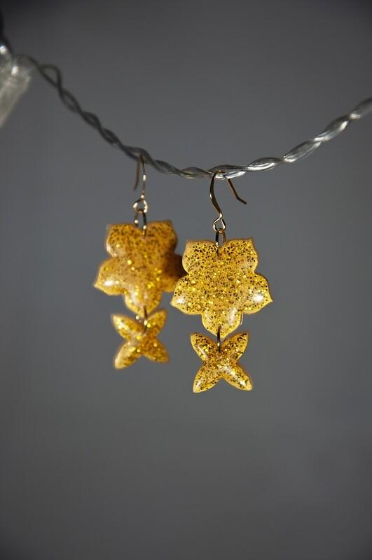 Guldglitter, blommor