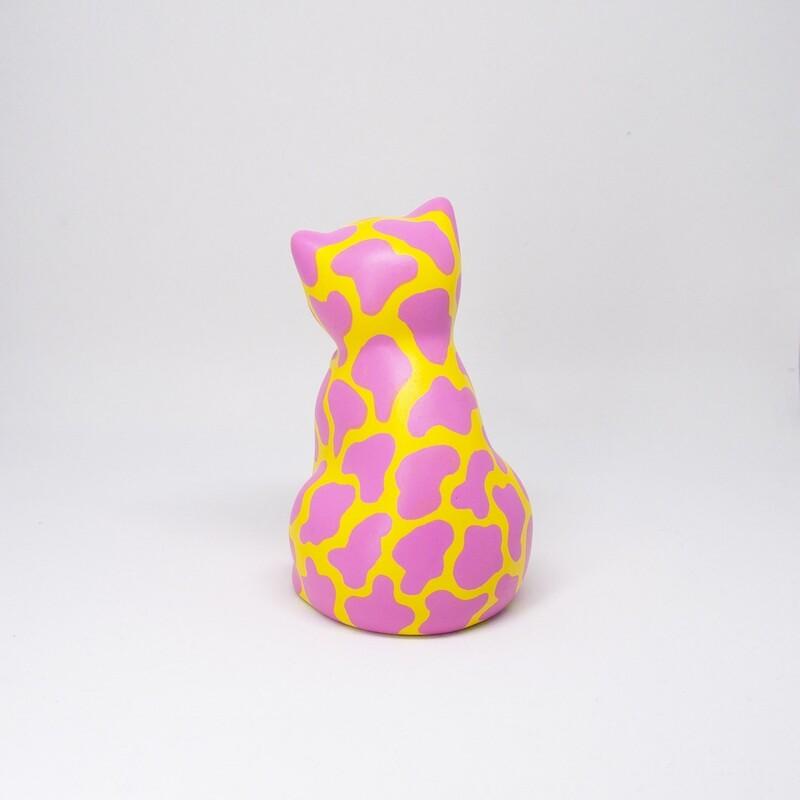 Katten Gullan, återbrukad porslin (!)