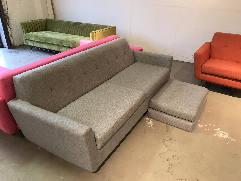 Hughes Sleeper Sofa (Taylor Felt Gray)