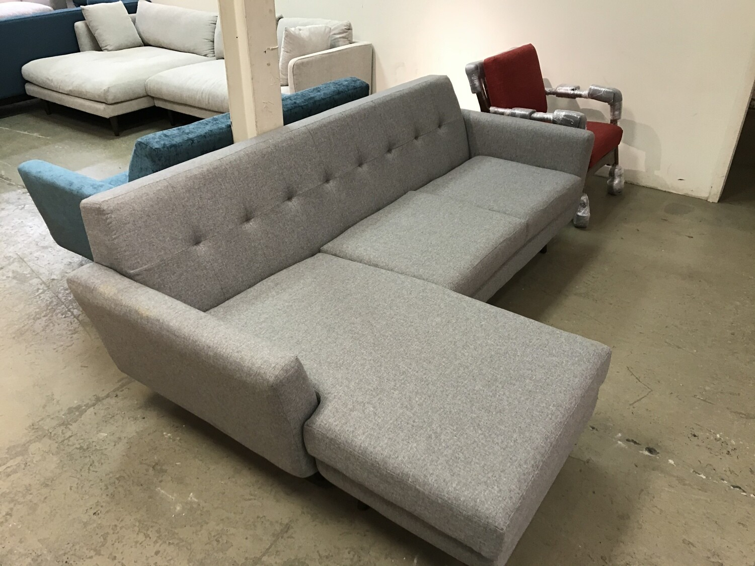 Hughes Reversible Sectional (Taylor Felt Gray)