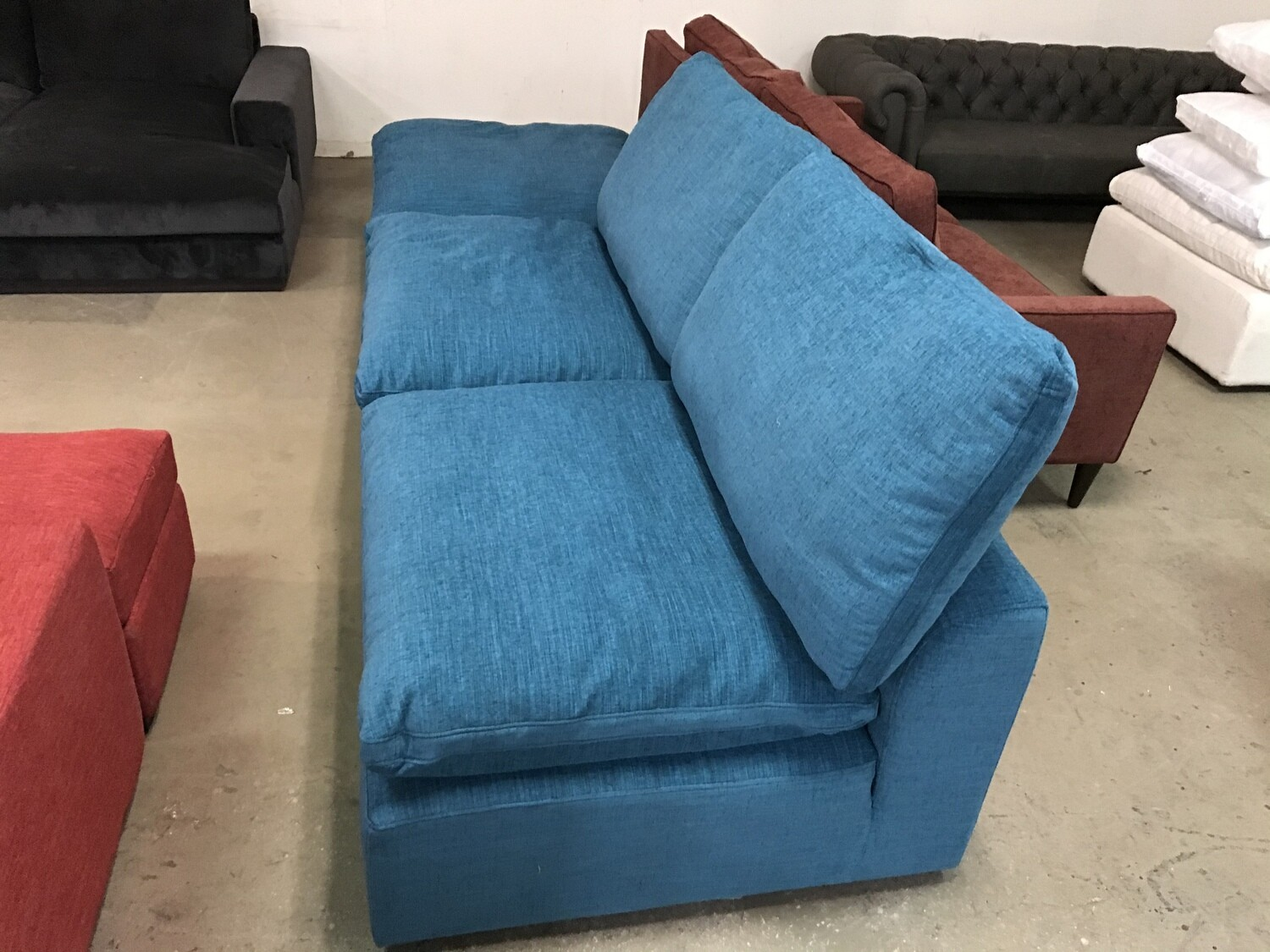 JB Bryant Sectional (3pc) Fabric: Lucky Turquoise