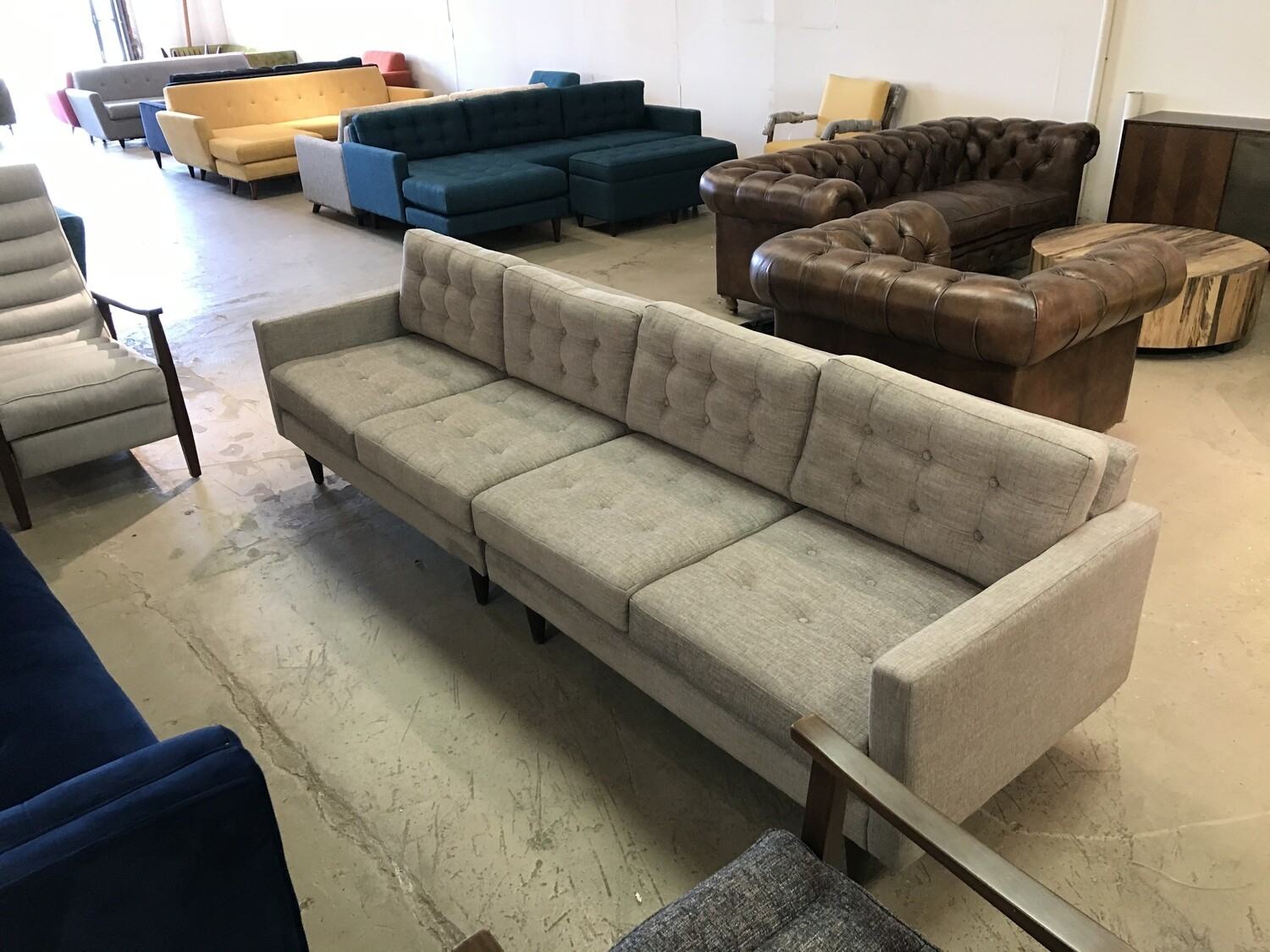JB Eliot Apartment Sectional - Left Fabric: Lucky Platinum